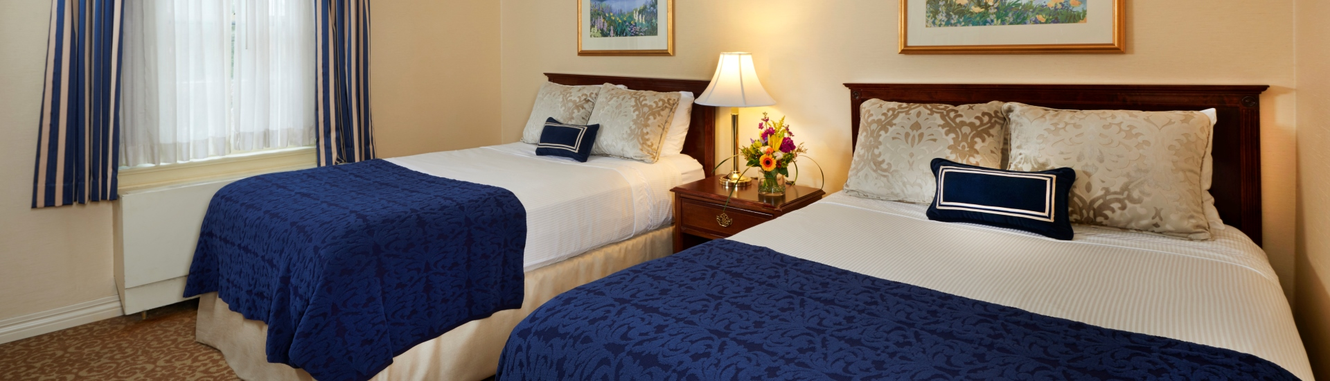 Deluxe Double Room at The Nittany Lion Inn