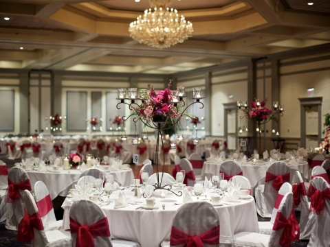 Ballroom wedding table setup